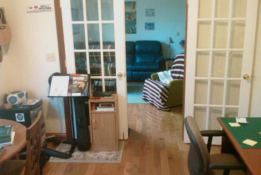 228 L.A.#103 Bdrm.view to Living Room